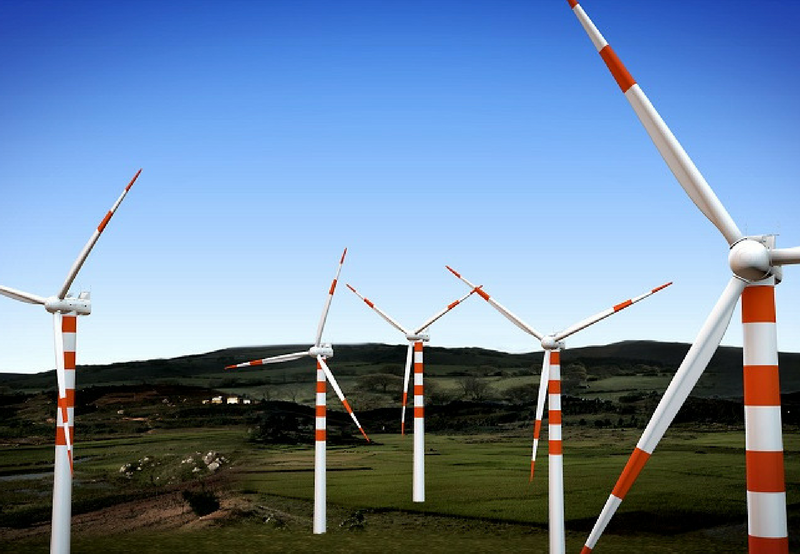 Wind Becomes Competitive with Solar
