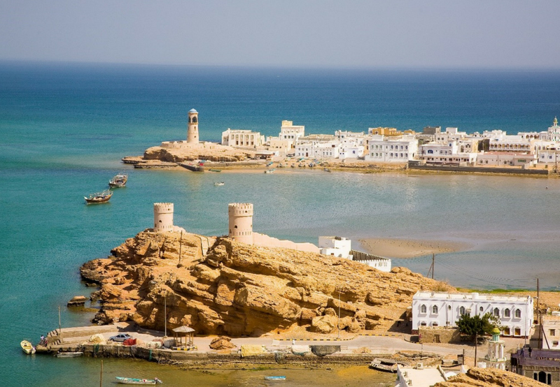 Oman's PDO Tenders 100 MW Grid-Connected Solar PV Project in Amin