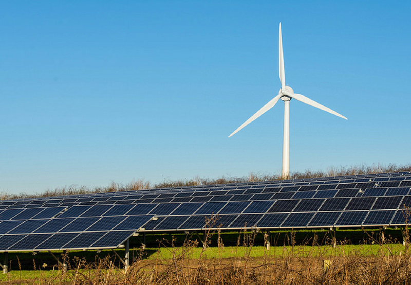 Uttar Pradesh to Charge Developers for Under and Over Generation of Solar and Wind Power