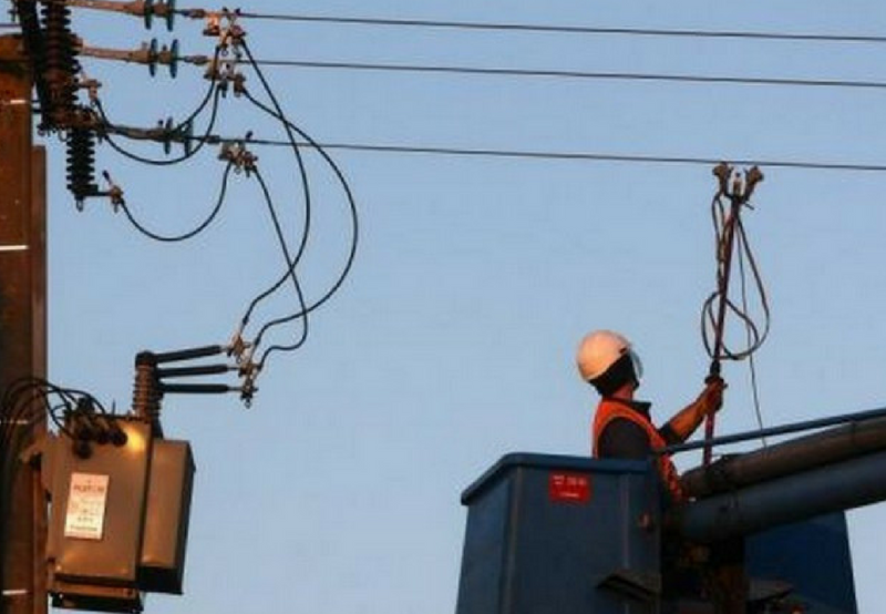 Government Mulls Imposing a Penalty on DISCOMs for Unscheduled Power Cuts