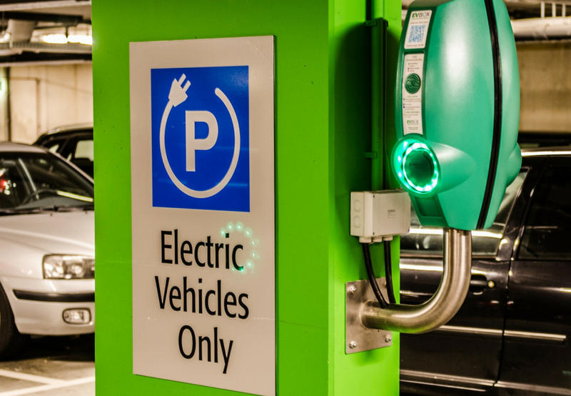 Tata Power And Hpcl Sign Mou For Setting Up Ev Charging