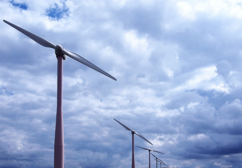 AP to DISCOMs_ Wind Generators Should Receive Rebates with 25% Late Payment Surcharge