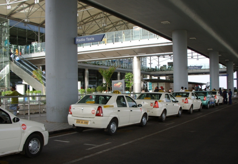 NTPC Ties Up with Seven Vehicle Aggregators to Develop EV Charging Network
