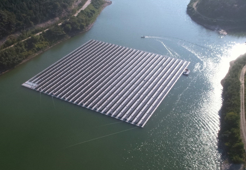 Shapoorji Pallonji Wins SECI's 50 MW Floating Solar Auction Quoting ₹3.29/kWh