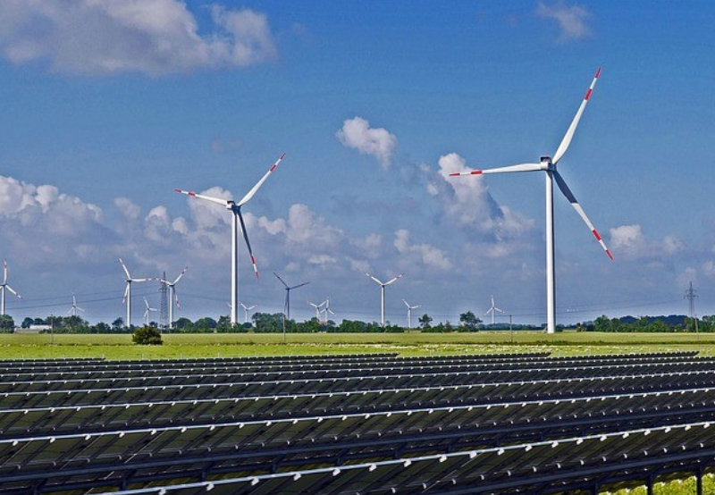 Railways Management Company Announces Tender for 140 MW of Wind-Solar Hybrid Projects