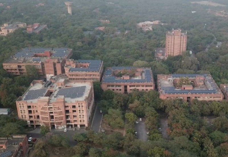 JNU Installs 500 kW Rooftop Solar System to Light up its Classrooms