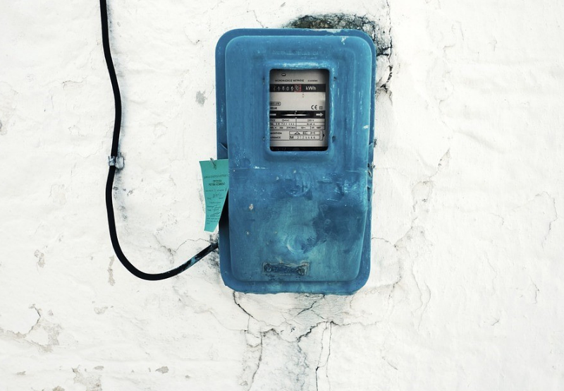 Government Plans to Make All Electricity Meters in India Smart Prepaid in Three Years