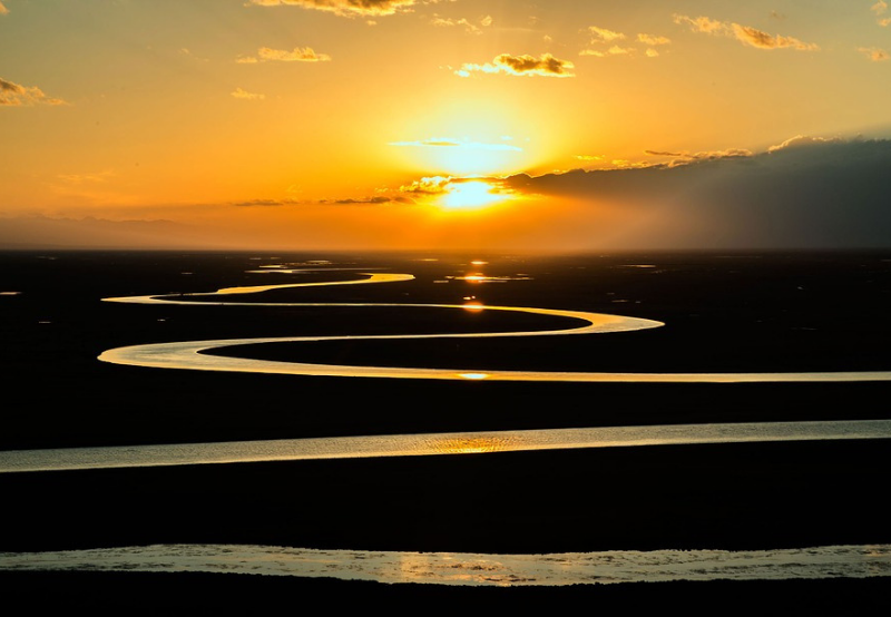 Solar, Wind Can Achieve Renewable Targets Without Damming the World's Rivers: WWF Study