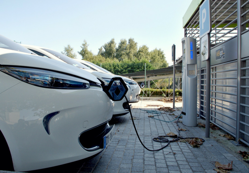 NITI Aayog Charts New Plan for Complete Transition to Electric Vehicles by 2030