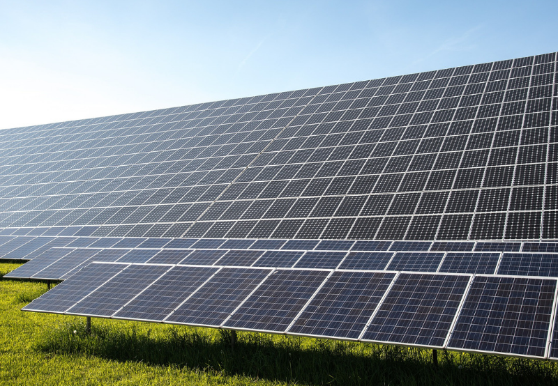 Solar Continues to Shine, Makes Up 8.7% of India's Total Power Capacity in June 2019