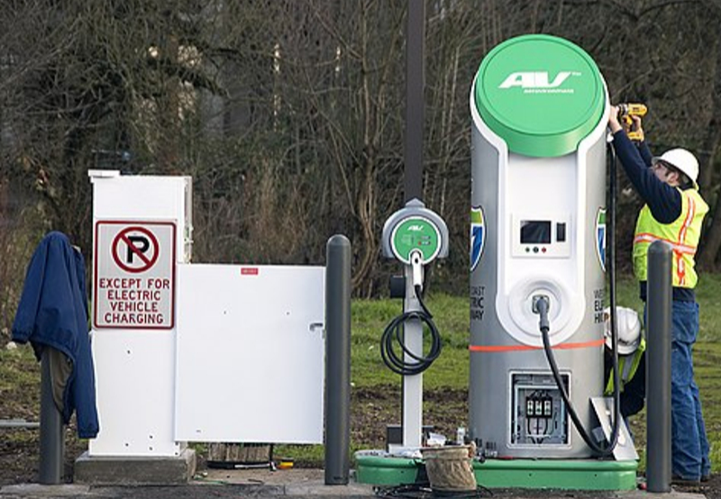 New Guidelines Propose Charging Stations for Heavy EVs Every 100 kilometers on Highways