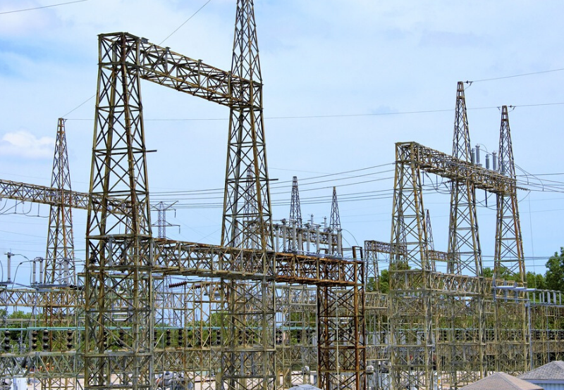 Adani to Build Power Transmission Network in Gujarat for Renewable Energy Evacuation