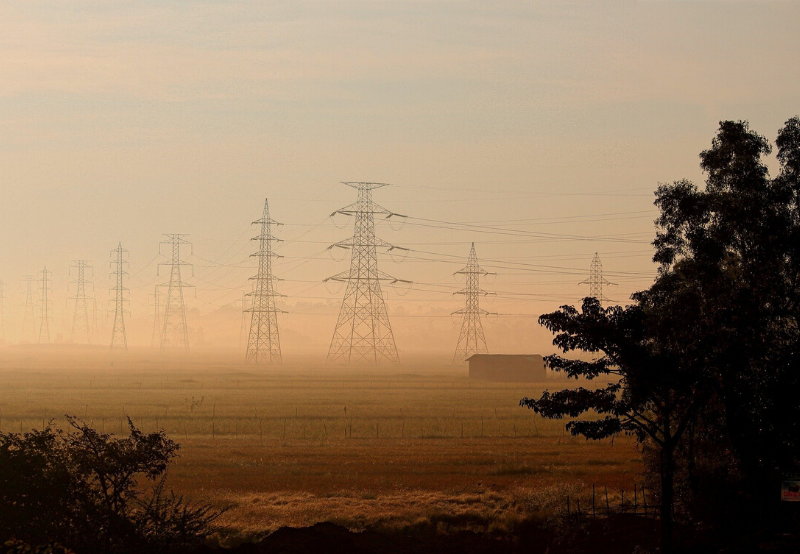 EESL Tenders Evacuation Bays and Transmission Lines for 300 MW of Solar Projects