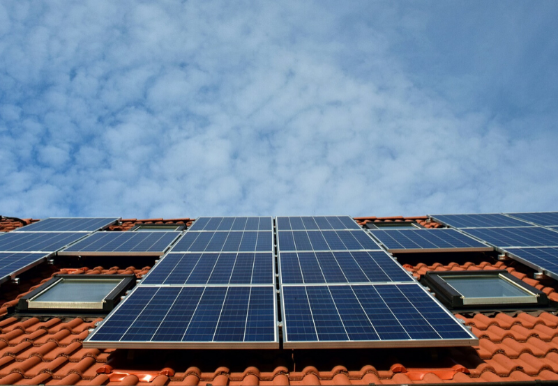 IFC to Invest Over ₹18 Million in Rooftop Solar Projects in West Bank
