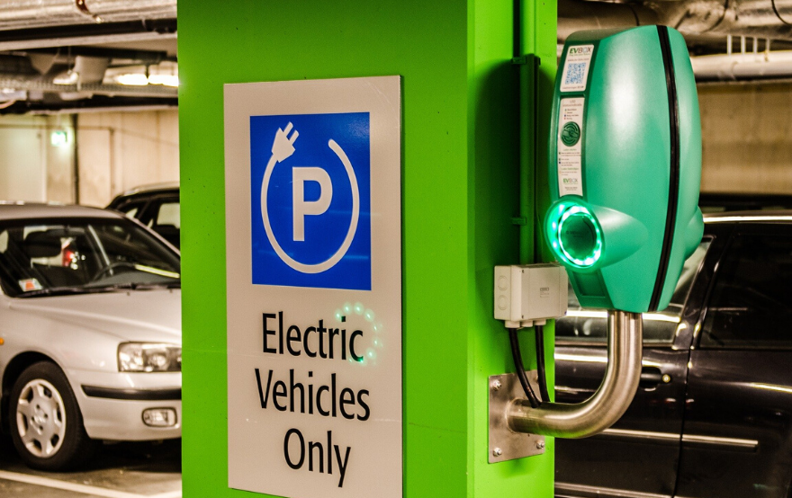 Raipur Smart City Seeks Agencies to Set up EV Charging Stations in the City