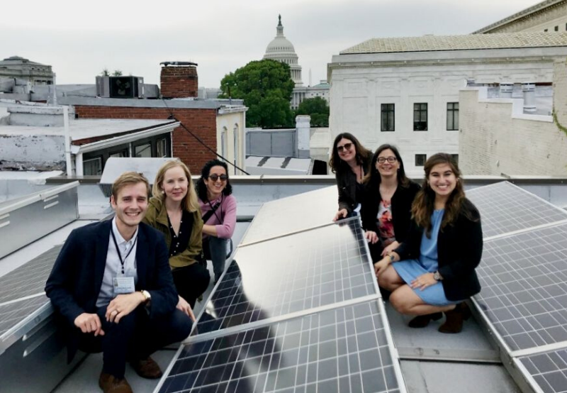 Renewable Energy Industry Employs More Women Than Oil and Gas Industry Globally