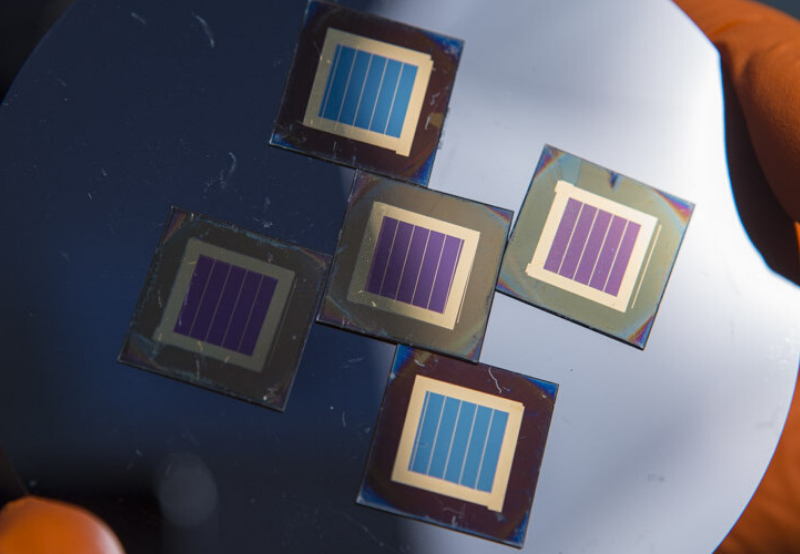 Researchers Claim 27.7% Efficiency in Mechanically-Stacked PV Silicon Tandem Cell