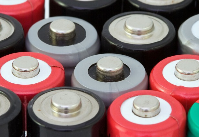 Researchers Develop New Way to Turn Polymers into Battery Components Using Microwaves