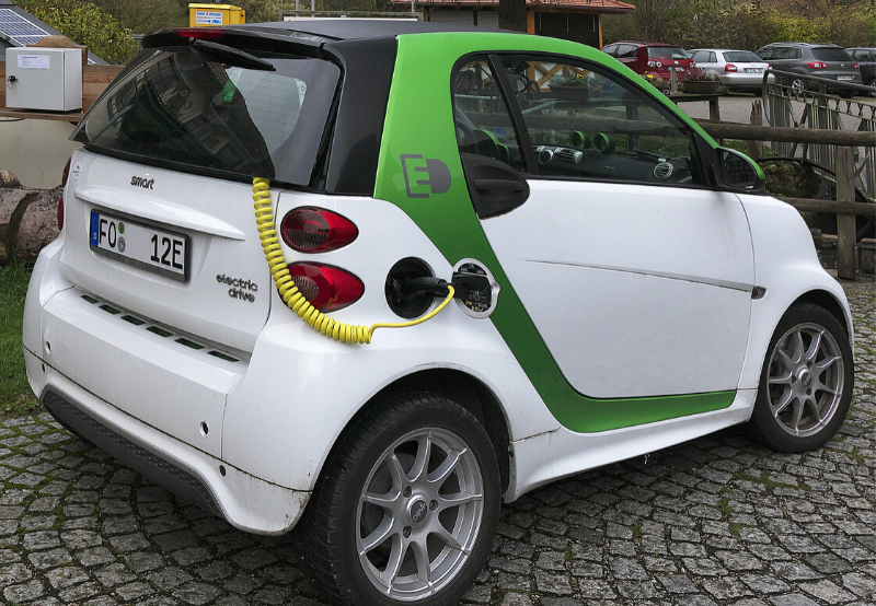 Rising Purchase of Two-Wheelers Pushes India's EV Sales Up by 20% in FY 2019-20