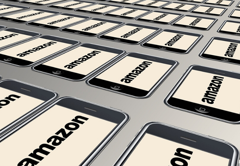Amazon to Develop 615 MW of Solar Projects