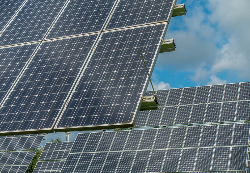 Solar Tender Announcements Dipped 45% in April While Auctions Rose