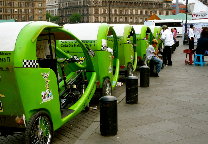 Gujarat Seeks EV Manufacturers to Market and Distribute Battery-Operated Vehicles