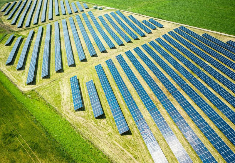 Average Cost of Large-Scale and Rooftop Solar Projects Fell in Q2 2020