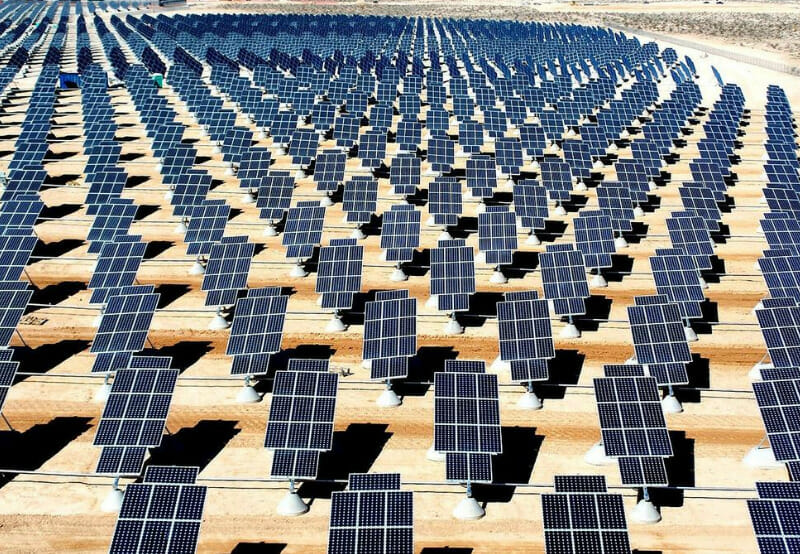 Daily News Wrap-Up_HSBC Launches Green Deposits, Suntech Expands Solar Manufacturing