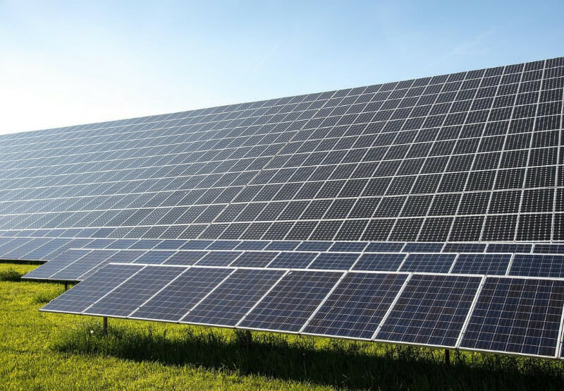 Gujarat's Retender for 700 MW of Solar Gets Good Response, Oversubscribed by 600 MW
