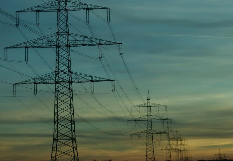 Power Finance Corporation Gives ₹23.89 Million to IIT-Kanpur for Smart Grid Research