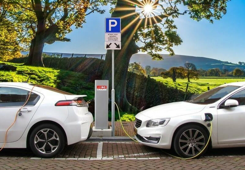 To Push Electric Mobility, India Allows Sale of Electric Vehicles Without Batteries