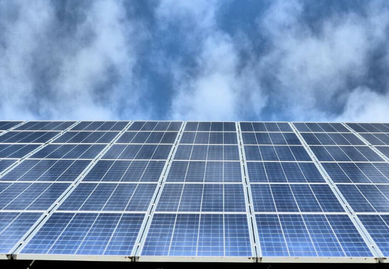 REIL Releases Tender for 6,500 Polycrystalline Solar Modules