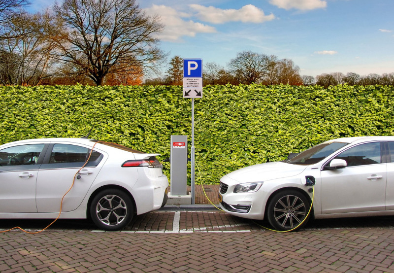 Raipur Invites Fresh Bids to Set Up Electric Vehicle Charging Stations at 25 Locations