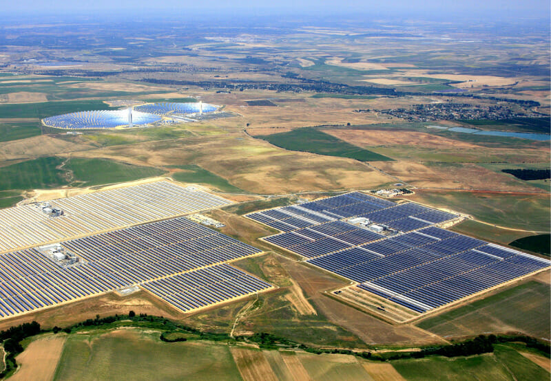 Solar and Wind Installations Outshine Fossil Fuel-Based Installations in 2019_ Report