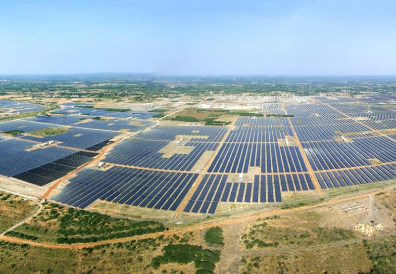 Strong Performance of Solar Assets Takes Adani Green's Revenue Up by 10% YoY