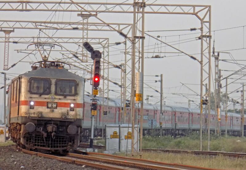 960 Railway Stations Equipped with Solar to Meet Power Demand