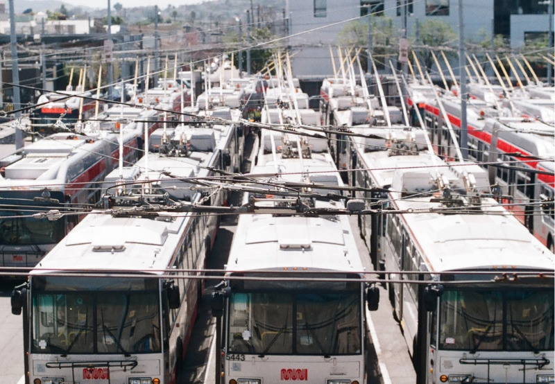Bids Invited to Set Up Charging Stations for 225 Electric Buses in Uttar Pradesh